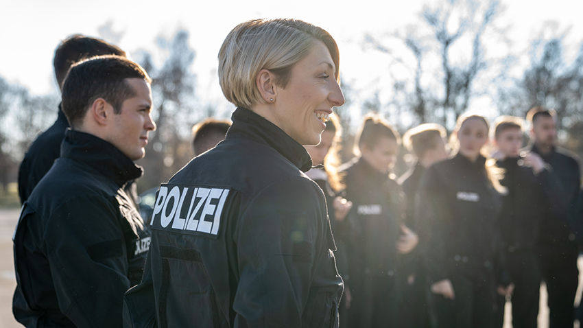 Die Bayerische Polizei 12